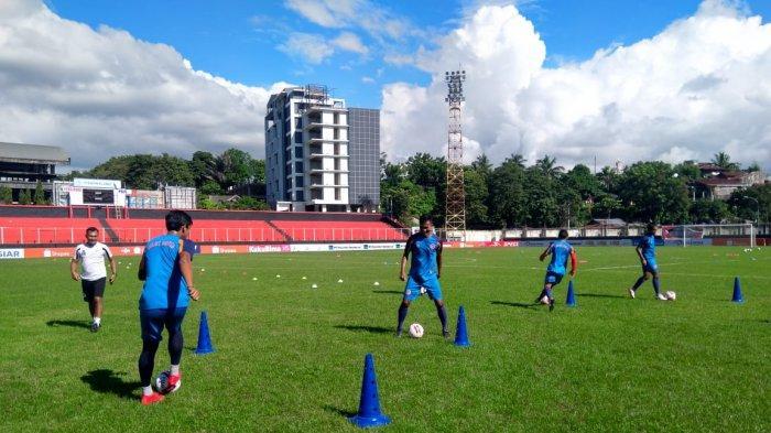 Bulan April, Sulut United Pindah Lokasi Latihan ke Lapangan Sea