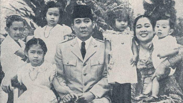 Kisah Soekarno, Beberapa Kali Pinjam Uang Saat Jadi Presiden, Beli Cat hingga Nikahkan Anak