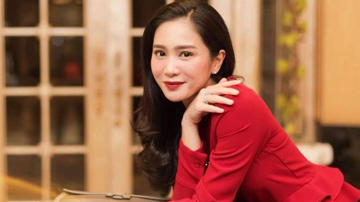 Bunga Zainal Beberkan 5 'Pabrik Uang' Miliknya Untuk Bungkam Netizen Nyinyir: Nah Kan Jadi Sombong
