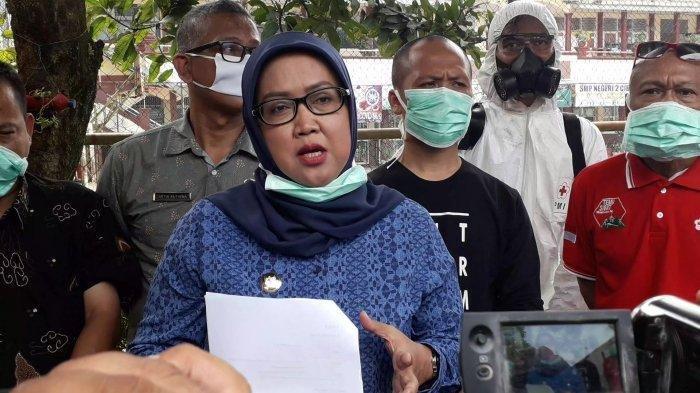 Sosok Ade Yasin Nekat Menentang Presiden, Didepan Buruh Teriak: Saya Bupati Akan Berpihak ke Rakyat