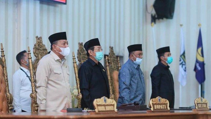 Hadiri Rapat Paripurna DPRD, Bupati Bolmut Depri Pontoh Sampaikan LKPJ Tahun 2020