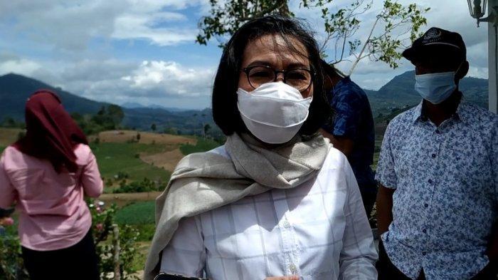 Demi Masyarakat, Yasti-Yanny Jalani Vaksinasi Pertama di Bolmong