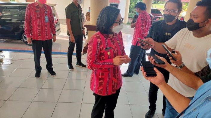 Peduli Pendidikan, Pemkab Bolmong Hibahkan Rp 500 Juta ke Universitas Dumoga Kotamobagu