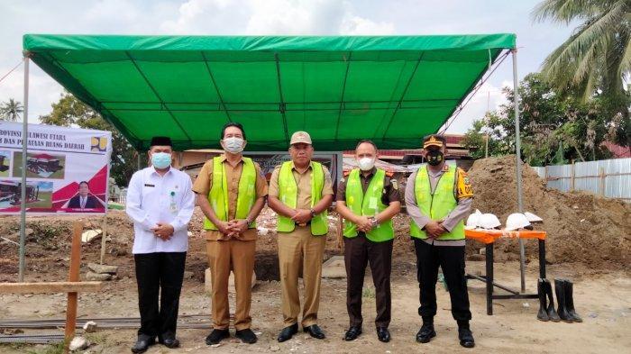Bupati Bolmut Depri Pontoh Letakkan Batu Pertama Gedung Islamic Center