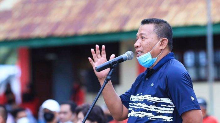 Bupati Depri Pontoh Minta Sangadi di Desa Sukseskan Pelaksanaan Pilsang Tahun 2021