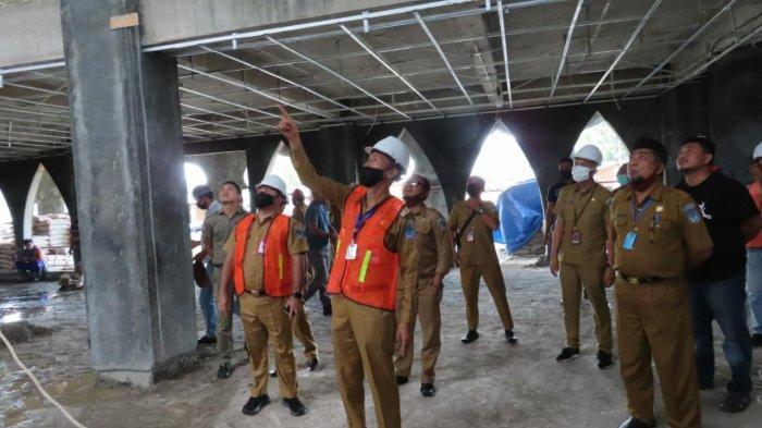 Iskandar Kamaru Tinjau Pembangunan Islamic Center Bolsel