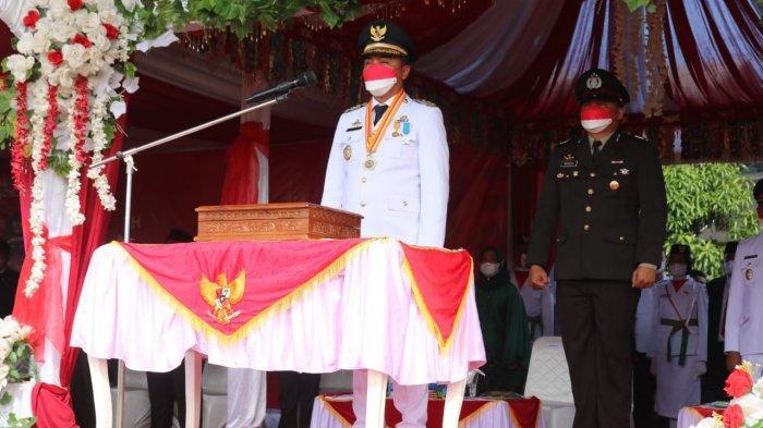 Peringati HUT Ke-76 RI, Bupati Boltim Sachrul Mamonto Jadi Inspektur Upacara