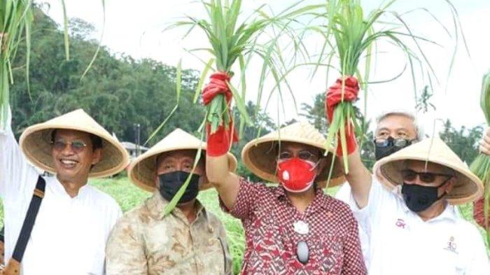Tingkatkan Kesejahteraan Petani Minahasa, Bupati dan Wakilnya Launching Program Bohusami Bakobong