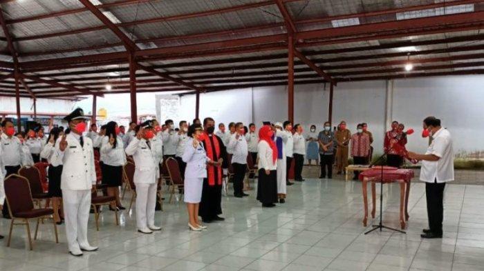 Bupati Minahasa Lantik 97 Pejabat Eselon III dan IV