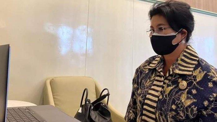 Bupati Sitaro Kritik Bangunan Pasar Ulu yang tak Sesuai Rencana Awal