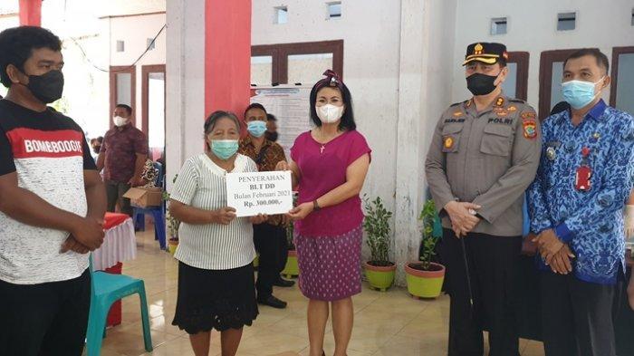 Warga Kampung Bumbiha Kabupaten Sitaro Dapat Bantuan Uang Tunai, Perahu dan Mesin Katinting