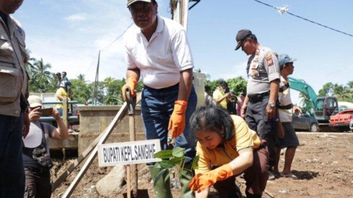 Sukseskan Penanaman Pohon di Lokasi Bencana, Bupati Jabes Apresiasi Program Kapolri