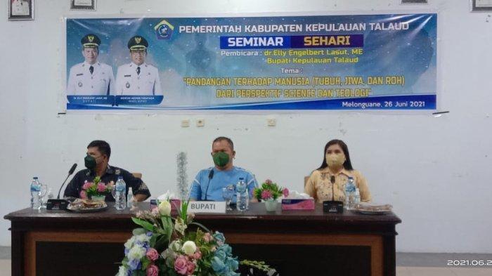 Bupati Talaud Elly Lasut Jadi Pembicara dalam Seminar Sehari Bedah Buku