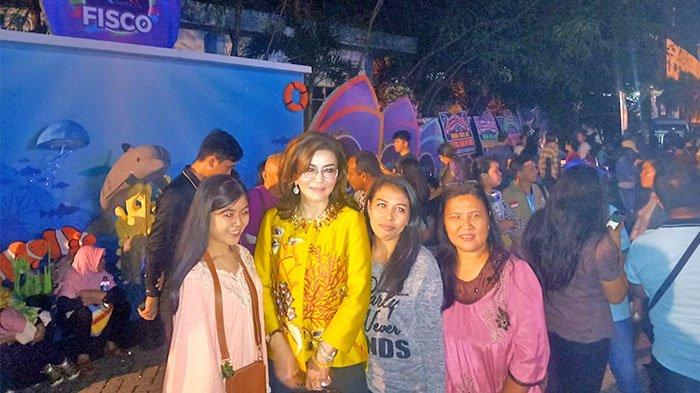 Wah, Tetty Paruntu 'Diadang' Warga Sulut Saat Acara Manado Fiesta di Kawasan Megamas