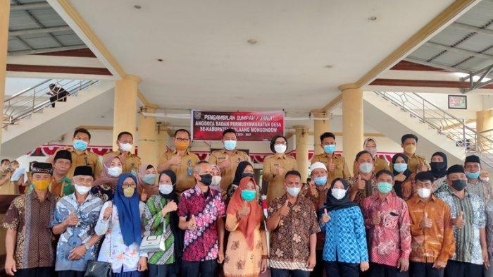 Bupati Yasti Soepredjo Mokoagow Lantik 366 Anggota BPD di Kabupaten Bolmong