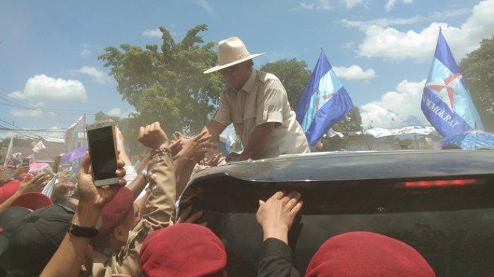 Azan Berkumandang saat Kampanye di Manado, Prabowo: Ada Kesempatan Saya Minum Kopi