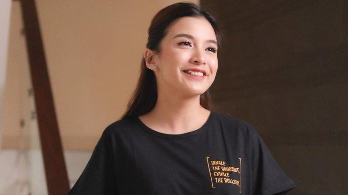 29 Tahun Jadi Ciri Khas, Chelsea Olivia Kini Harus Rela Kehilangan Gigi Gingsulnya: Sedih dan Galau