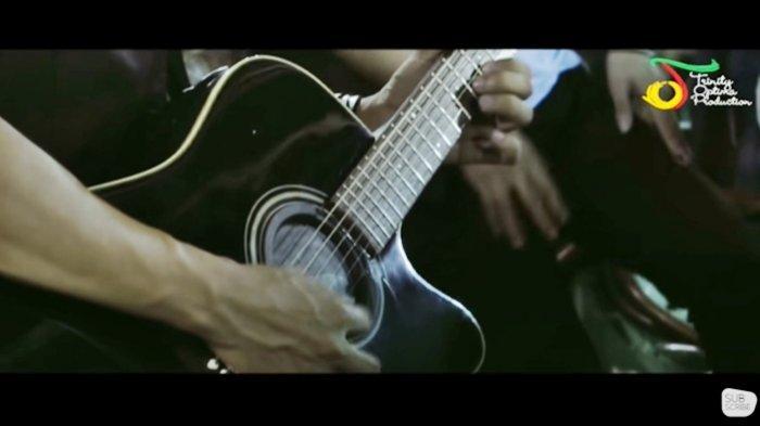 Chord Gitar Gamma1 - 7 Samudra - Chord & Lirik 'Hadirmu akan menjadi cerita terindah'