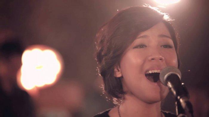 CHORD Gitar dan Lirik Lagu Mengikut Yesus - Frangky Kuncoro, 'Semua Karna AnugrahMu Hari Ini Ada'
