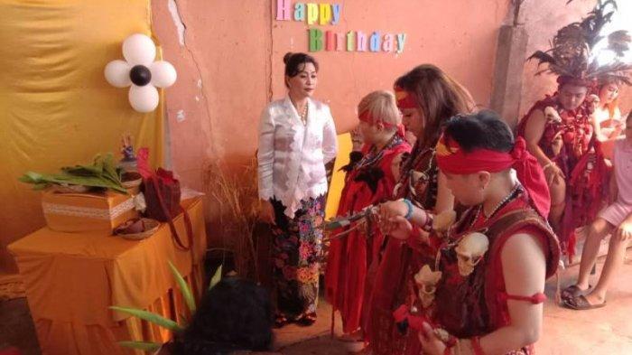 Simak Kisah Dara Cantik Claudia Wurangian,Rayakan Hut Sweet Seventeen dengan Ritual Adat Minahasa