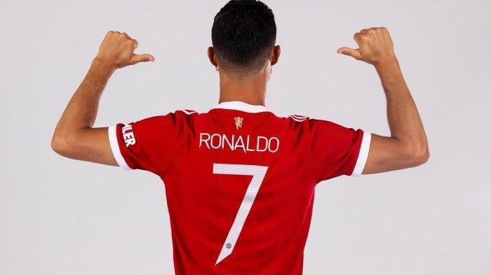 Cristiano Ronaldo Resmi Kenakan Jersey No 7 di MU, Edinson Cavani Mengalah, Diizinkan Liga Premier