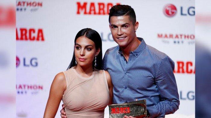 Cristiano Ronaldo Raih Tropi Marca, Ucap Menyesal Tinggalkan Real Madrid dan Berharap Ingin Kembali