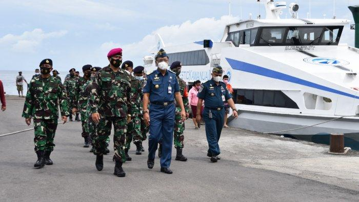Pastikan Penerapan Larangan Mudik, Dantamal VIII Lakukan Pengawasan di Pelabuhan Manado