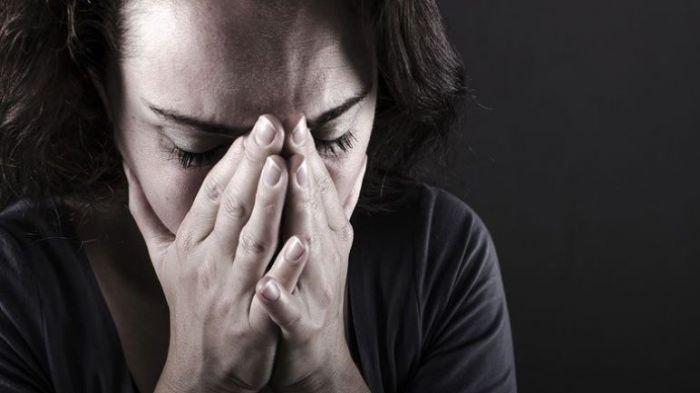 5 Zodiak Ini Terlahir 'Rapuh' dan Rentan Terkena Depresi, Zodiakmu Termasuk?