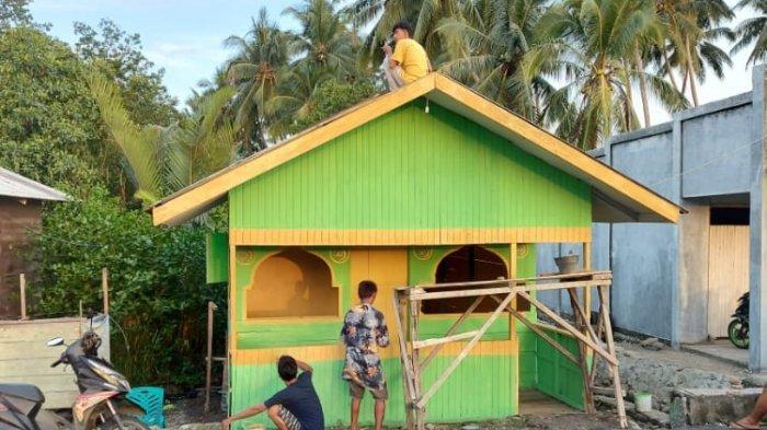 Jelang Puasa, Warga di Kabupaten Bolsel Mulai Bangun Posko Ramadan