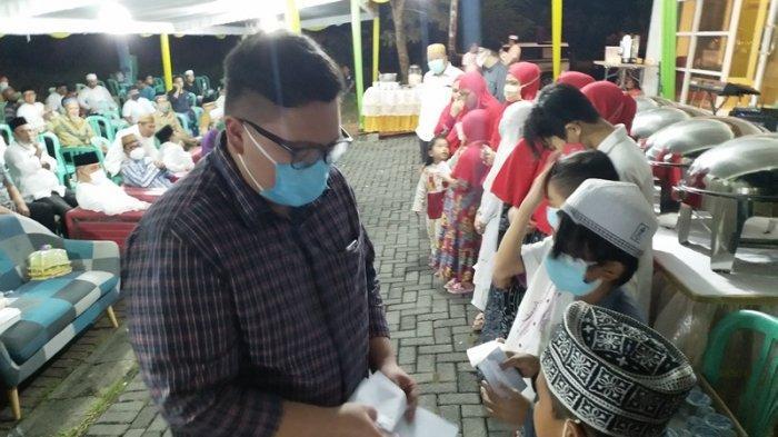 Dewan Masjid Indonesia dan MKA Laksanakan Buka Puasa Bersama 25 Anak Yatim