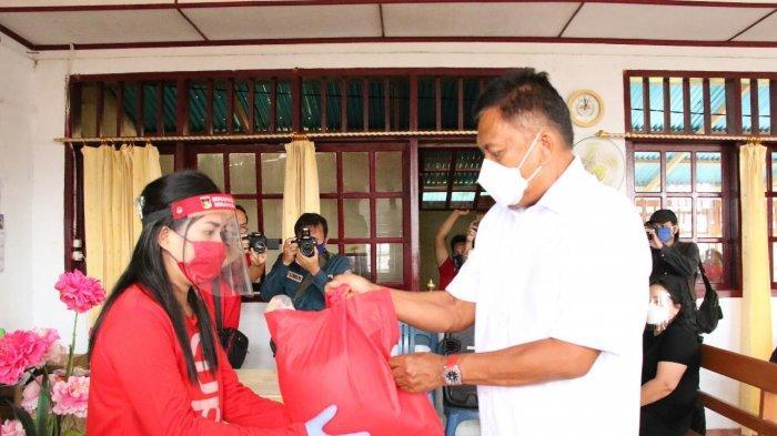 Dinas Sosial Sulut Sudah Salurkan 49.688 Paket Bahan Pokokdi Minahasa