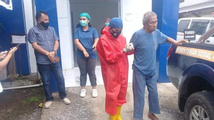Pemkot Manado Peduli, Dinsos Pulangkan Opa Yani Rotti ke Likupang, Telantar di Emperan Toko
