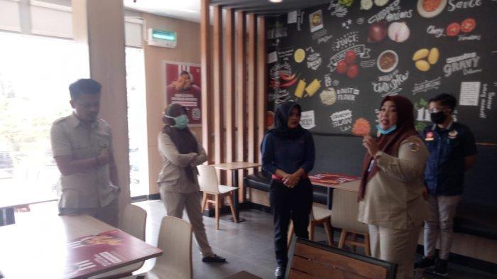 Disparbud Kotamobagu Periksa Kelengkapan Kesehatan di Tempat Usaha Pariwisata