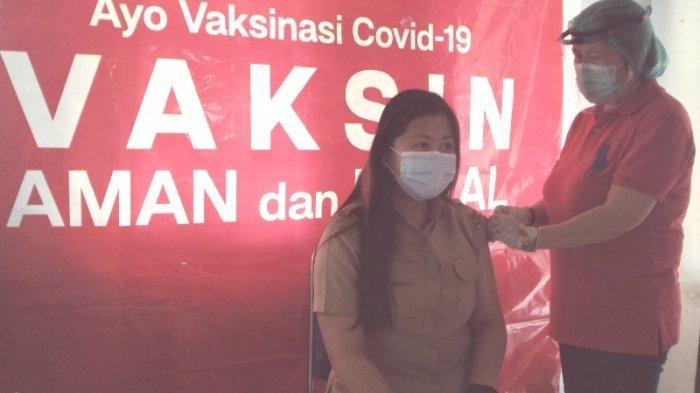 Dinkes Vaksinasi Pegawai Disdukcapil dan Bapelitbang Minsel