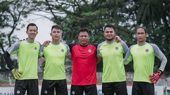Sulut United Umumkan Dedy Susanto Pengganti Jendry Pitoy Sebagai Pelatih Kiper