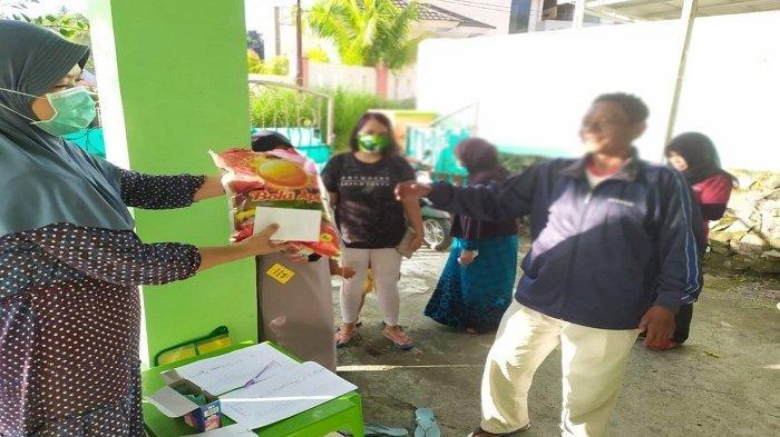 DWP IAIN Manado Bantu Warga Yang Terdampak Pandemi COVID-19