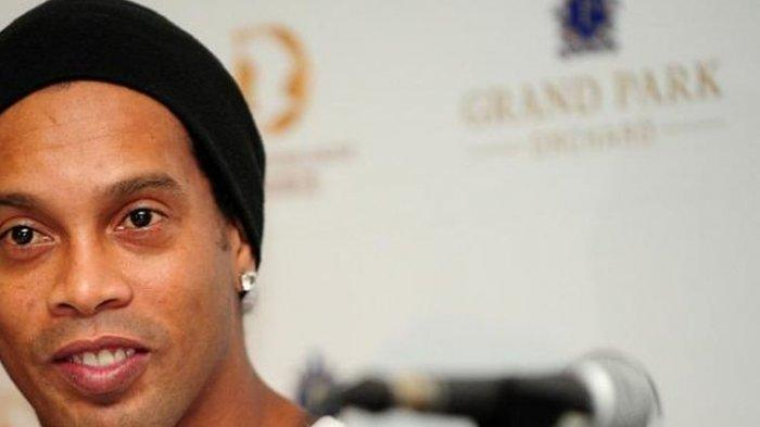 Eks pemain Barcelona dan AC Milan, Ronaldinho