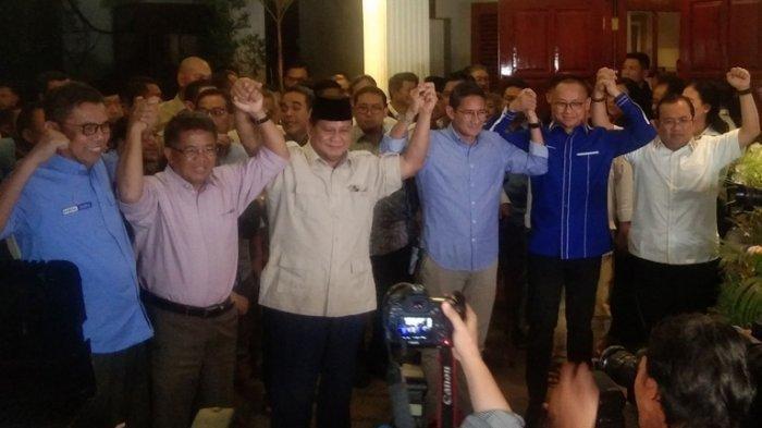 Prabowo Tersenyum dan Minta Wartawan Aturkan Pertemuan dengan Jokowi, Begini Detail Rencananya