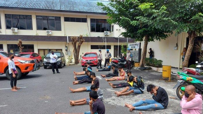 Kedapatan Curi Ayam Bangkok, 14 Pria di Bitung Diberi Pembinaan Lafalkan Pancasila dan Menyanyi