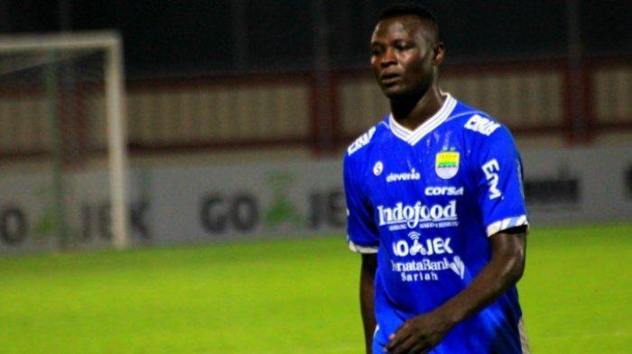 Ezechiel N'Douassel Belum Pasti Bertahan di Persib Bandung, Dua Pemain Isi Lini Serang