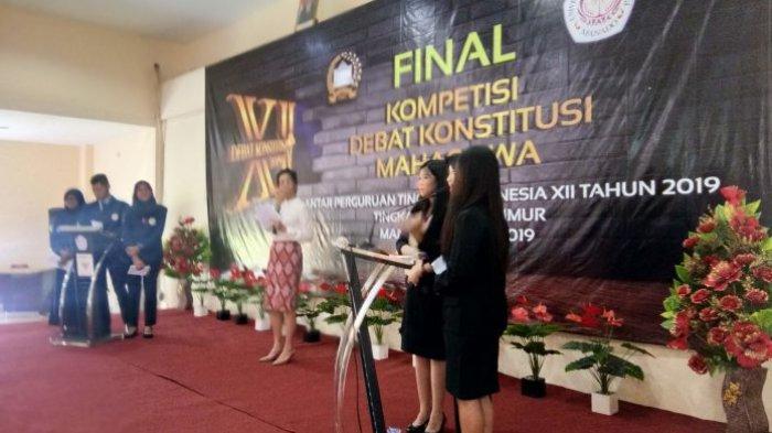 Fakultas Hukum Unsrat Masuk Peringkat ke-4 Debat Konstitusi Mahasiswa, Berikut Daftar Juaranya!