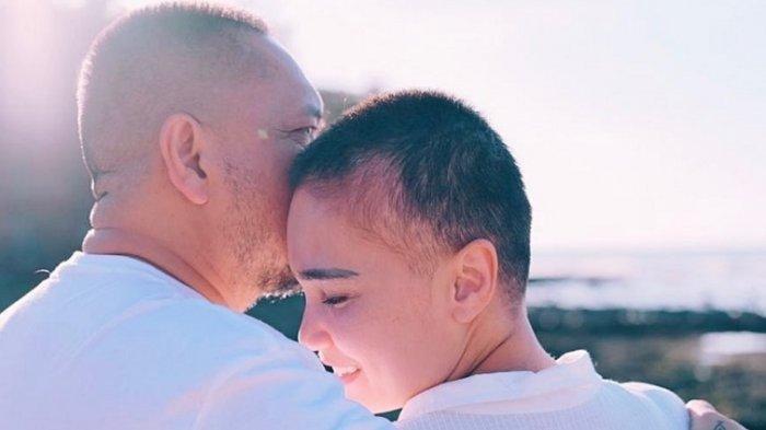 Feby Febiola & Franky Sihombing Dulu Tak Direstui Anak, Kini Saling Menguatkan Lalui Ujian
