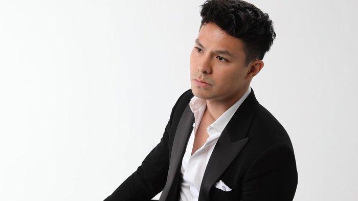 5 Potret Pesona Fero Walandouw Aktor Asal Manado yang Kini Dekat dengan Cita Citata & Nikita Mirzani