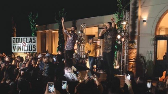 Chord Gitar Lagu Figurinha yang Viral di TikTok- Penyanyi Douglas & Vinicius
