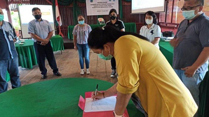 Penandatanganan dukungan pembentukan Forum Kaki Dian sebagai penggerak kehadiran Taman Kehati kaki Dian Minahasa Utara.