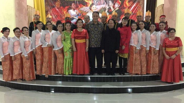 Beri Pelayanan di Mana-mana, Musica Sacra Tampil Memukau di Modoinding