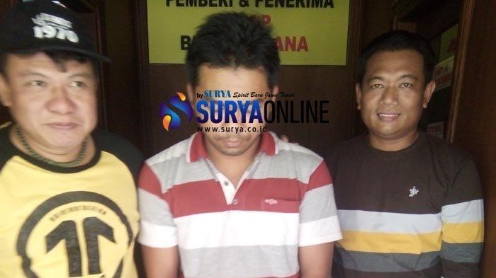 Kepala Dusun di Lamongan DitangkapPolisi gara-gara Tagih Sisa Pembayaran Rumah Bawa Parang