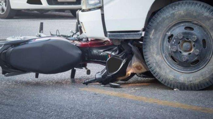 Kecelakaan Maut Pemotor Tewas Terlindas Bus Transjakarta, Hilang Kendali, Terjatuh Masuk Kolong Bus