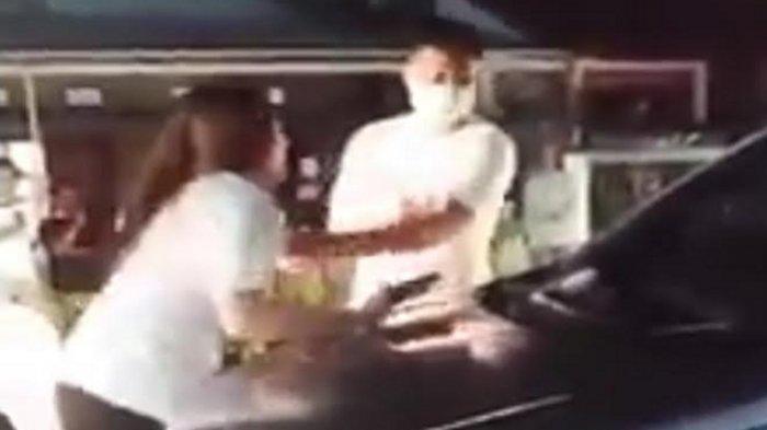 Foto potongan video viral diduga MEP pergoki suami selingkuh dengan perempuan bernama Angel. Perempuan lain yang bernama Angel kena dampaknya.