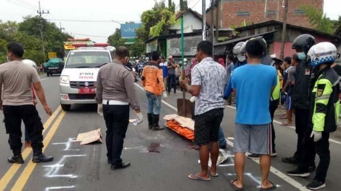 Kecelakaan Maut Pukul 12.10 WIB, Pengendara Motor Tewas Mengenaskan, Korban Jatuh Lalu Tergilas Truk